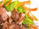 Рецепта Сочни пилешки черни дробчета, запържени в масло и задушени в прясно мляко и ракия на тиган